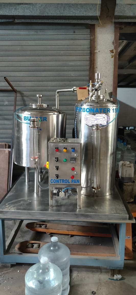 BUFFER CARBONATOR WITH CAPACITY 1500 LPH